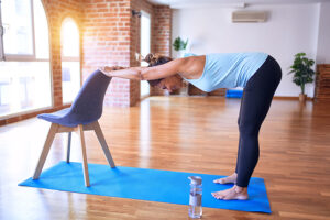 Cours pilates sur chaise